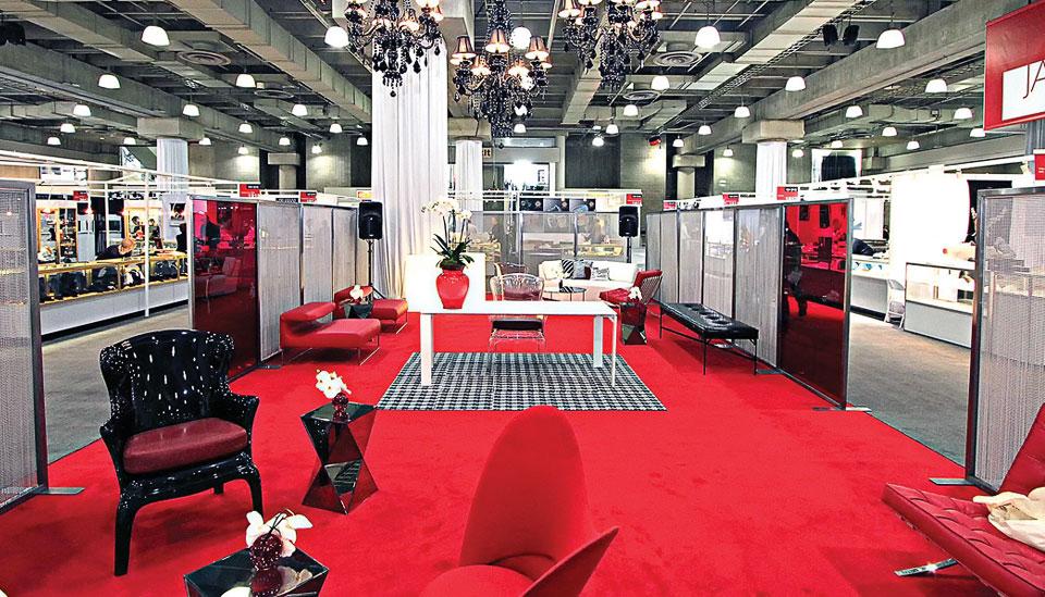 Red Carpet Lounge Ideas