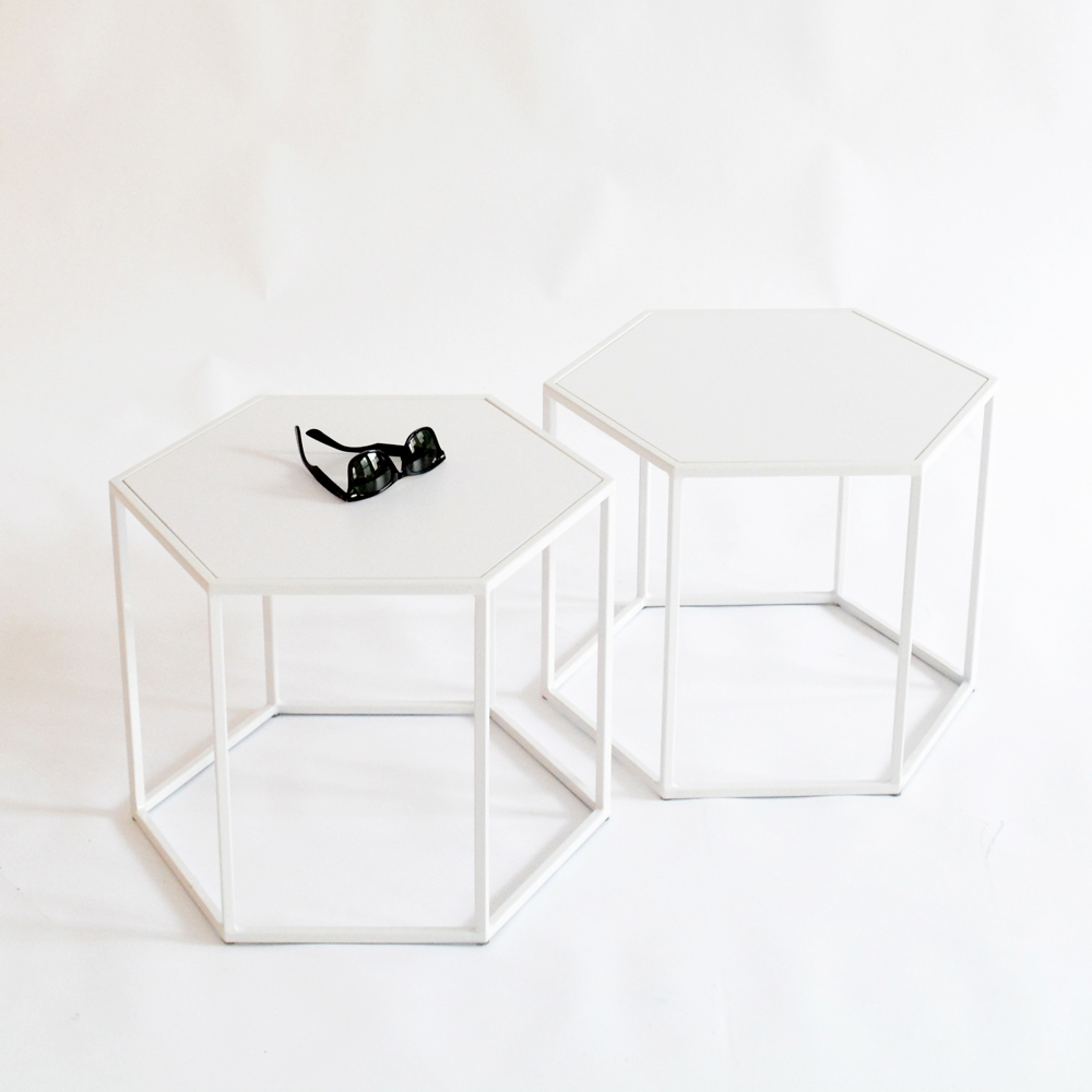 Superbe Hex Side Table « »