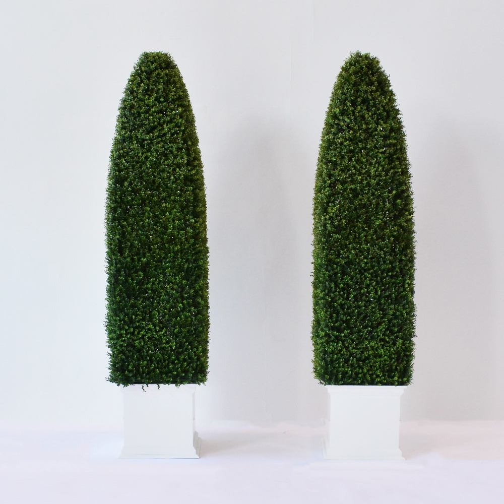 faux obelisk hedge