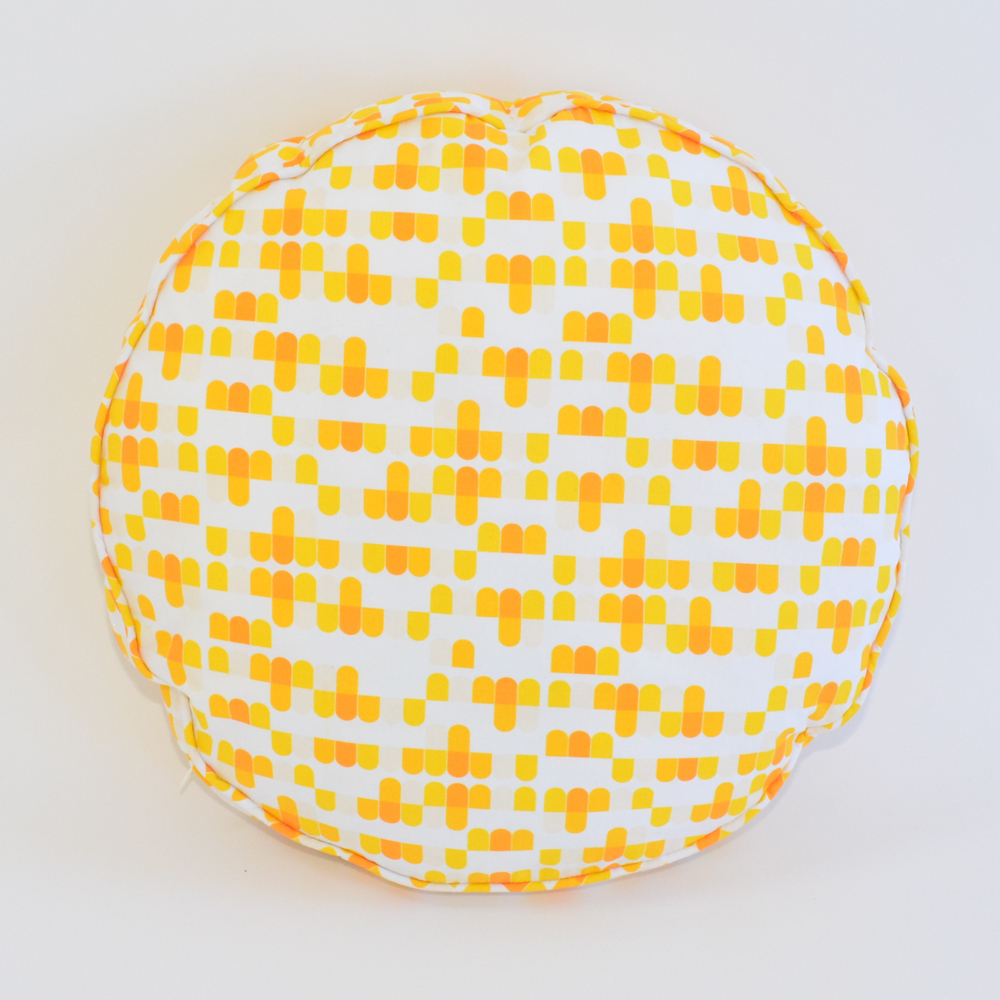 citrus round pillow