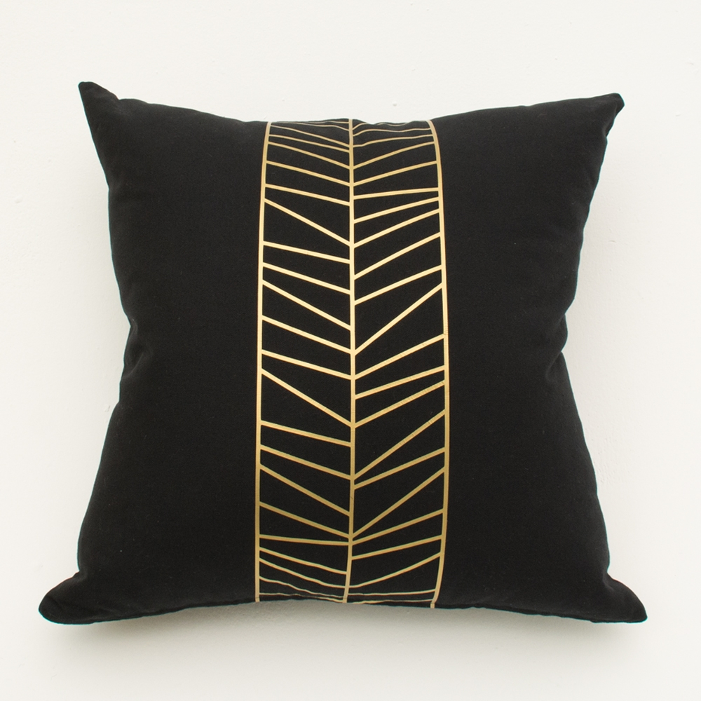 center foil pillow