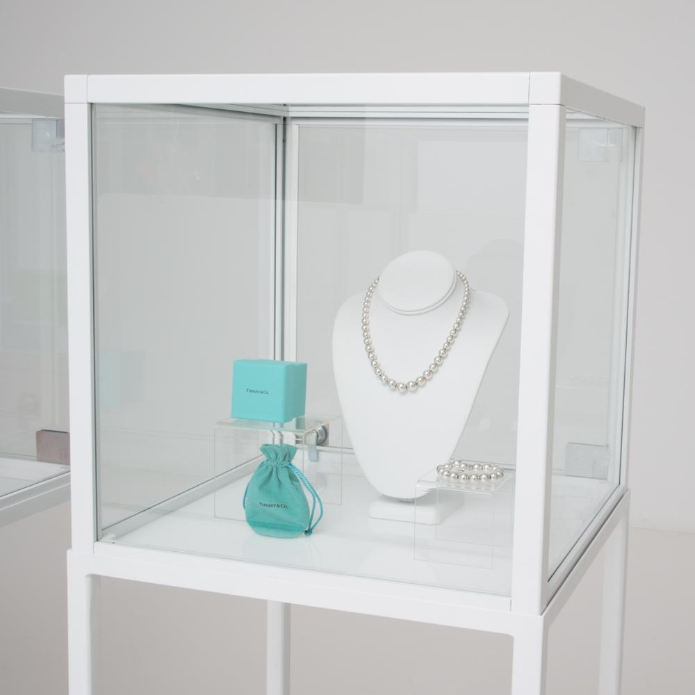 Additional image for showcase vitrine white