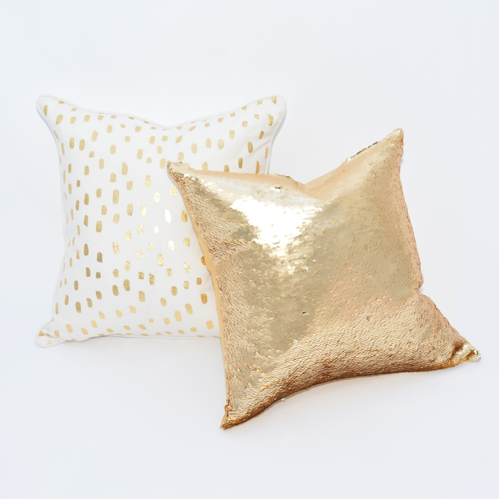 Additional image for leopard metallic pillow