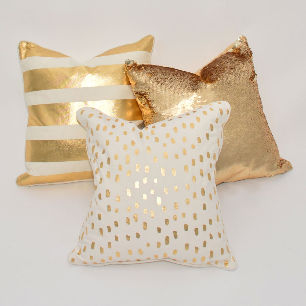 Additional image for gold stripe pillow