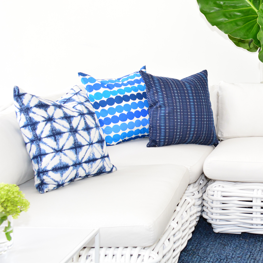 Additional image for tattoo blue pillow