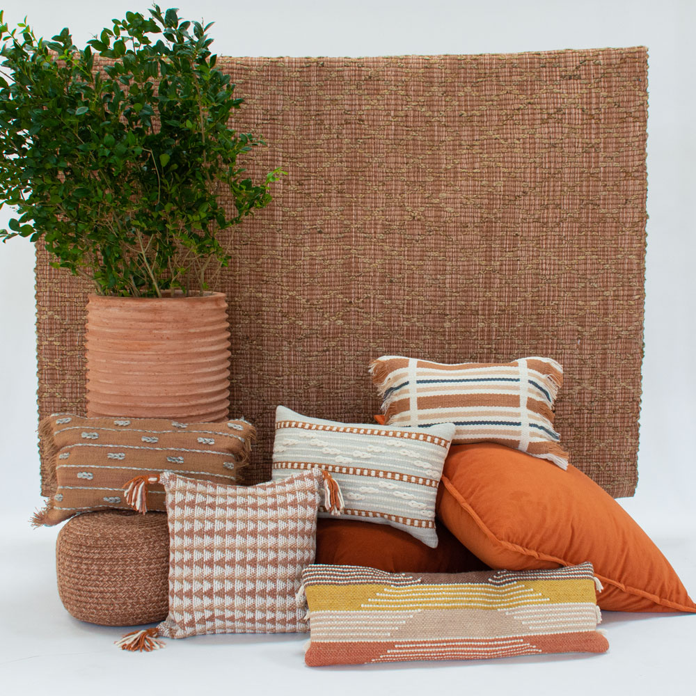 Additional image for bari pillow