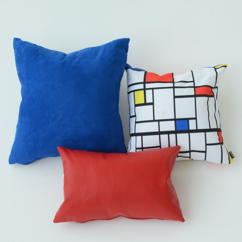 Additional image for cobalt pillow